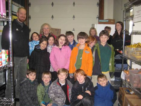 Pomfret School Second/Third Graders Collect Food